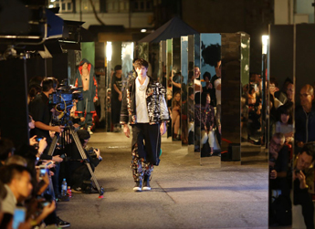 #ddInMotions: FASCINATION STREET Sham Shui Po Reinvented: Mundane Street Transformed into a Surreal Fashion Runway